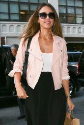 Jessica Alba Shopping in New York City - September 2014
