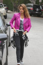 Jessica Alba Street Style - Out in Beverly Hills - September 2014