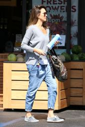 Jessica Alba Street Style  - Out in Los Angeles - September 2014