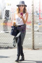 Jessica Alba Street Style - Out in New York City - September 2014