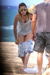 Jessica Biel in a Bikini on a Beach in Maui - September 2014