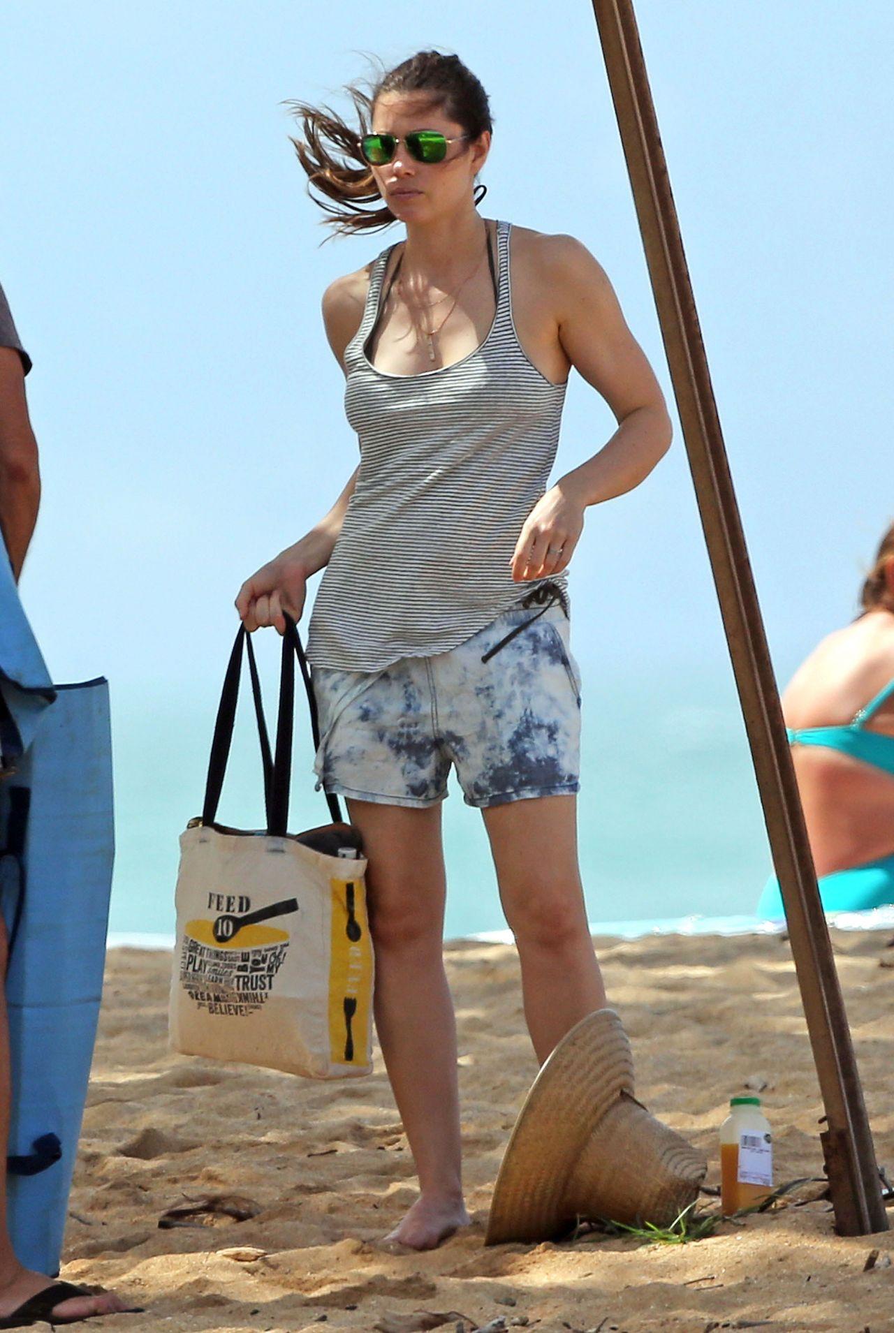 Jessica Biel in a Bikini on a Beach in Maui - September 2014 • CelebMafia