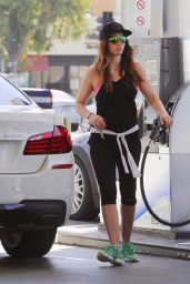 Jessica Biel in Leggings at a Gas Station in West Hollywood - September 2014