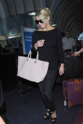 Jessica Simpson at LAX Airport in Los Angeles - Septembar 2014