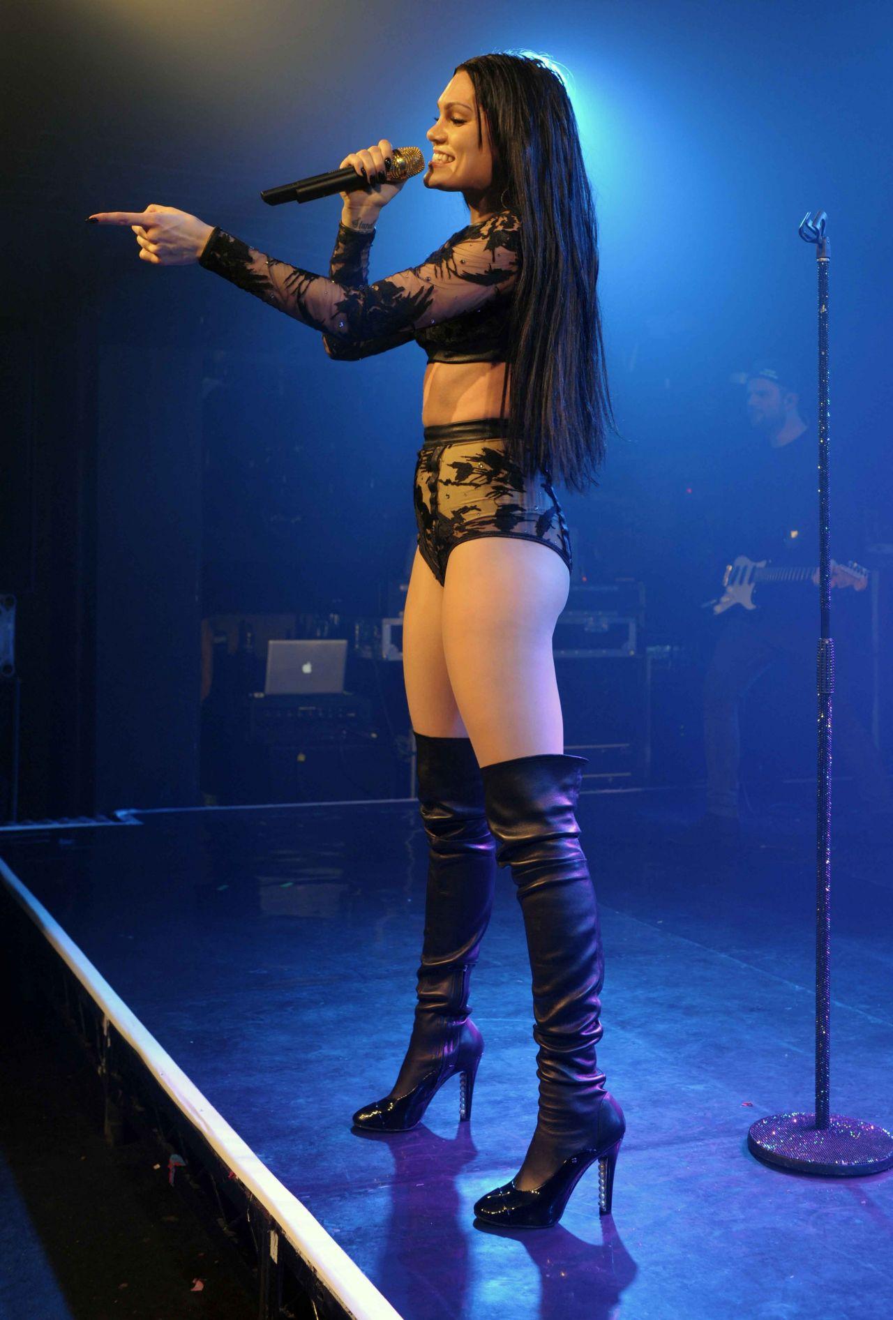 Jessie J Performs At London S G A Y Nightclub September 2014
