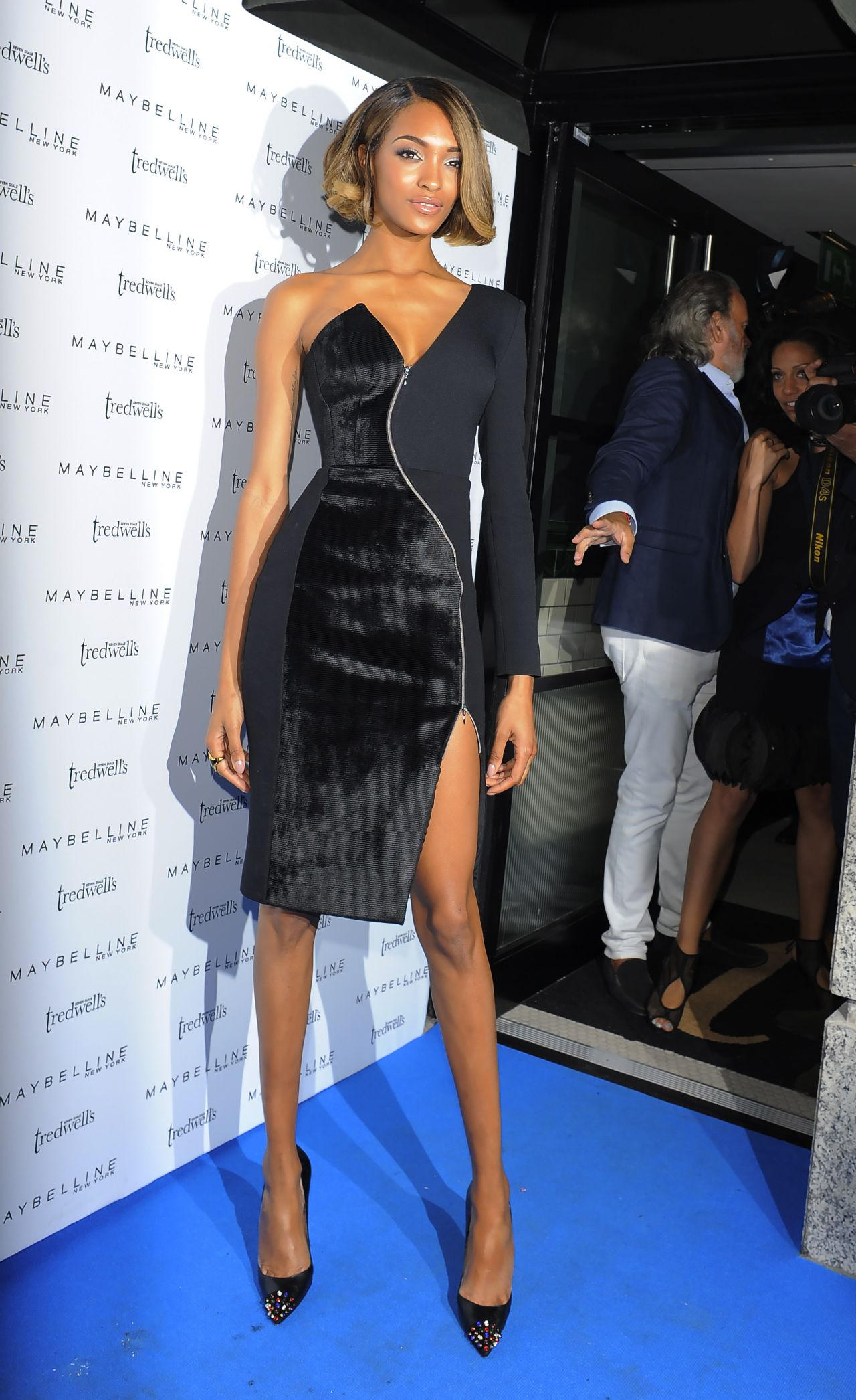 Jourdan Dunn - Hosts the London Fashion Week Maybelline Party - September 2014