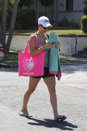 Kaley Cuoco Leaving Yoga Class in Sherman Oaks - September 2014