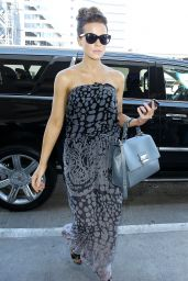 Kate Beckinsale Style - at LAX Airport - September 2014