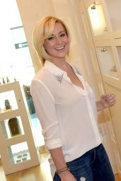 Kellie Pickler - PANDORA Jewelry Best Friends Shopping Spree in Nashville