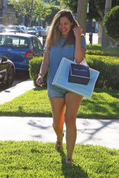 Kelly Brook in Jeans Shorts - Shopping on Melrose in Los Angeles, Sept. 2014