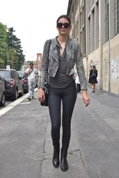 Kendall Jenner Street Style - Out in Milan (Italy), September 2014