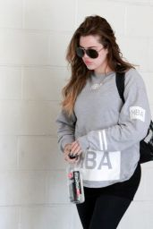 Khloe Kardashian in Leggings - Going to the Gym in Los Angeles, September 2014