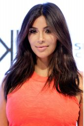 Kim Kardashian - Kardashian Kollection Spring 2015 Launch in Sydney