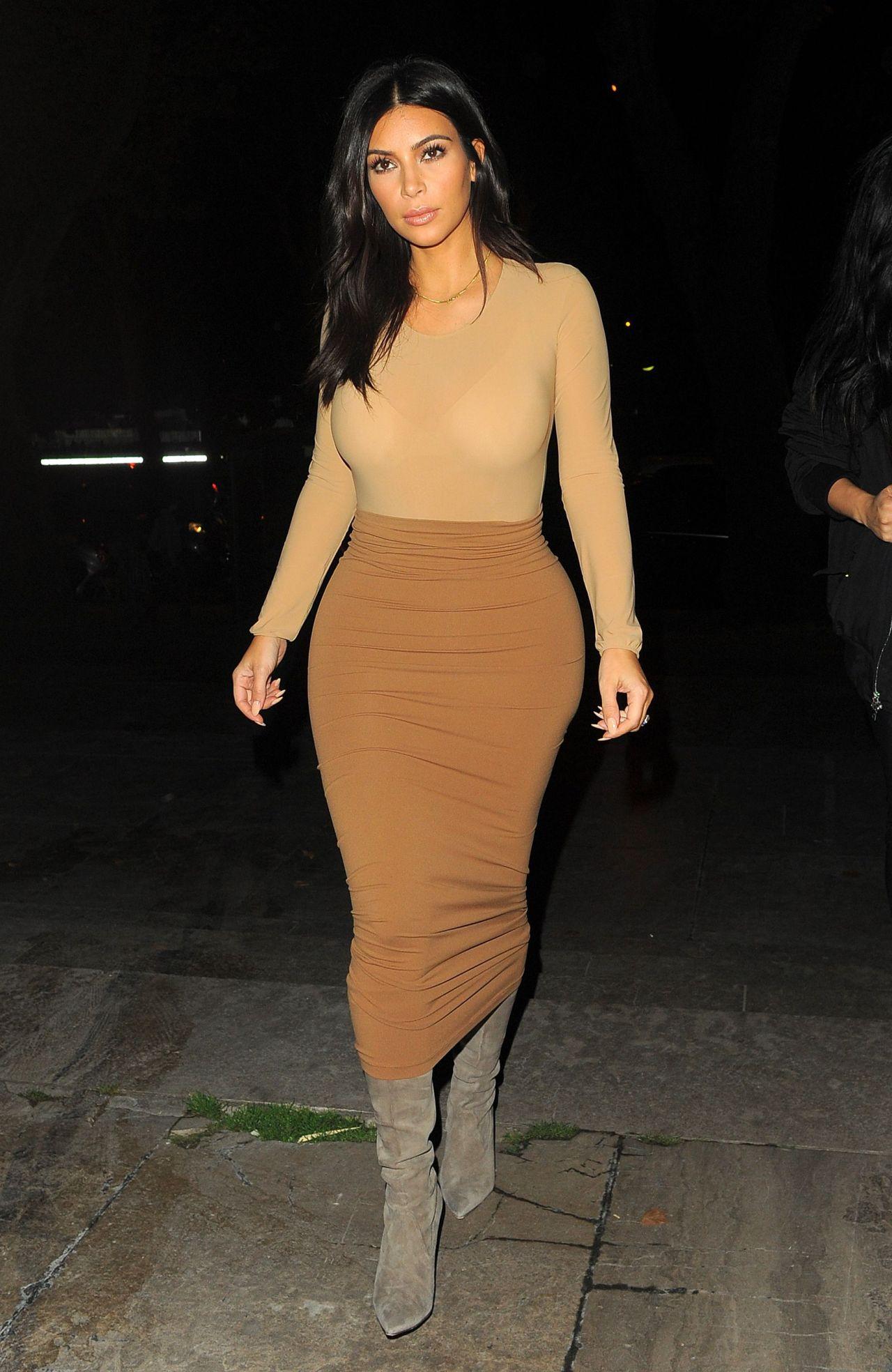 Kim Kardashian - Arriving at the Bunim Murray Production