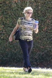 Kristen Bell - Out in Los Angeles, September 2014