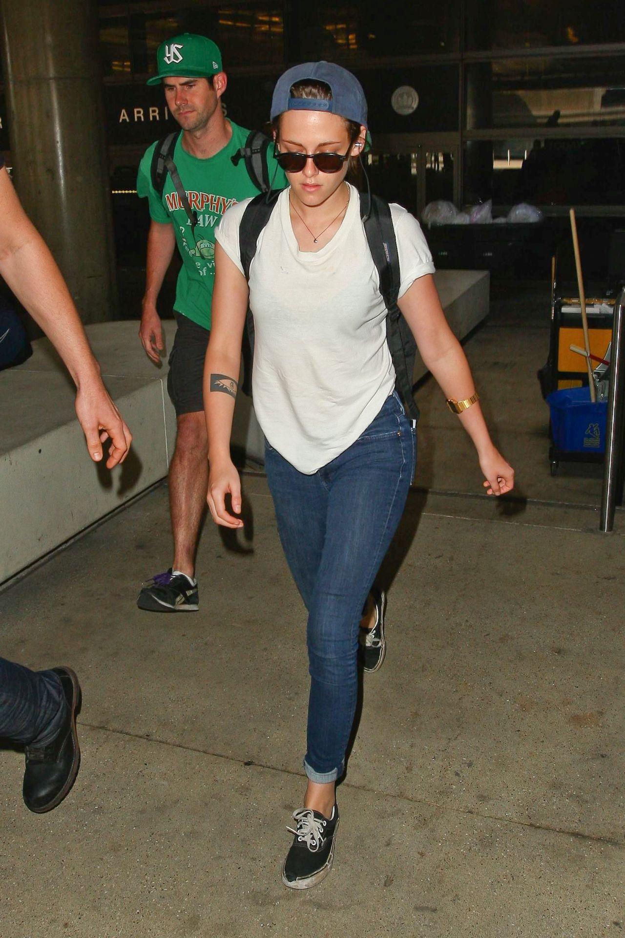 Kristen Stewart - Arriving Back at LAX Airport - September 2014