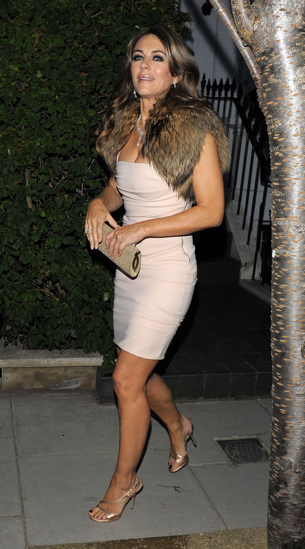 Liz Hurley Night Out Style End Of Summer 2014 Party