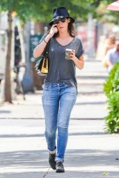 Lizzy Caplan in Tight Jeans - Out in New York City, September 2014