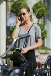 Mena Suvari Street Style - Out in Venice, Sept. 2014