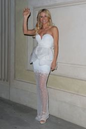 Michelle Hunziker - Celebrity Fight Night in Florence (Italy) - September 2014