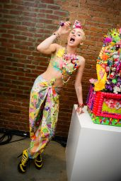 Miley Cyrus - JEREMY SCOTT Spring/Summer 2015 Presented by MADE in New York City