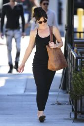 Minka Kelly - Leaving Hugo