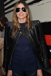 Miranda Kerr at Paris Fashion Week - Sonia Rykiel Show, Sept. 2014