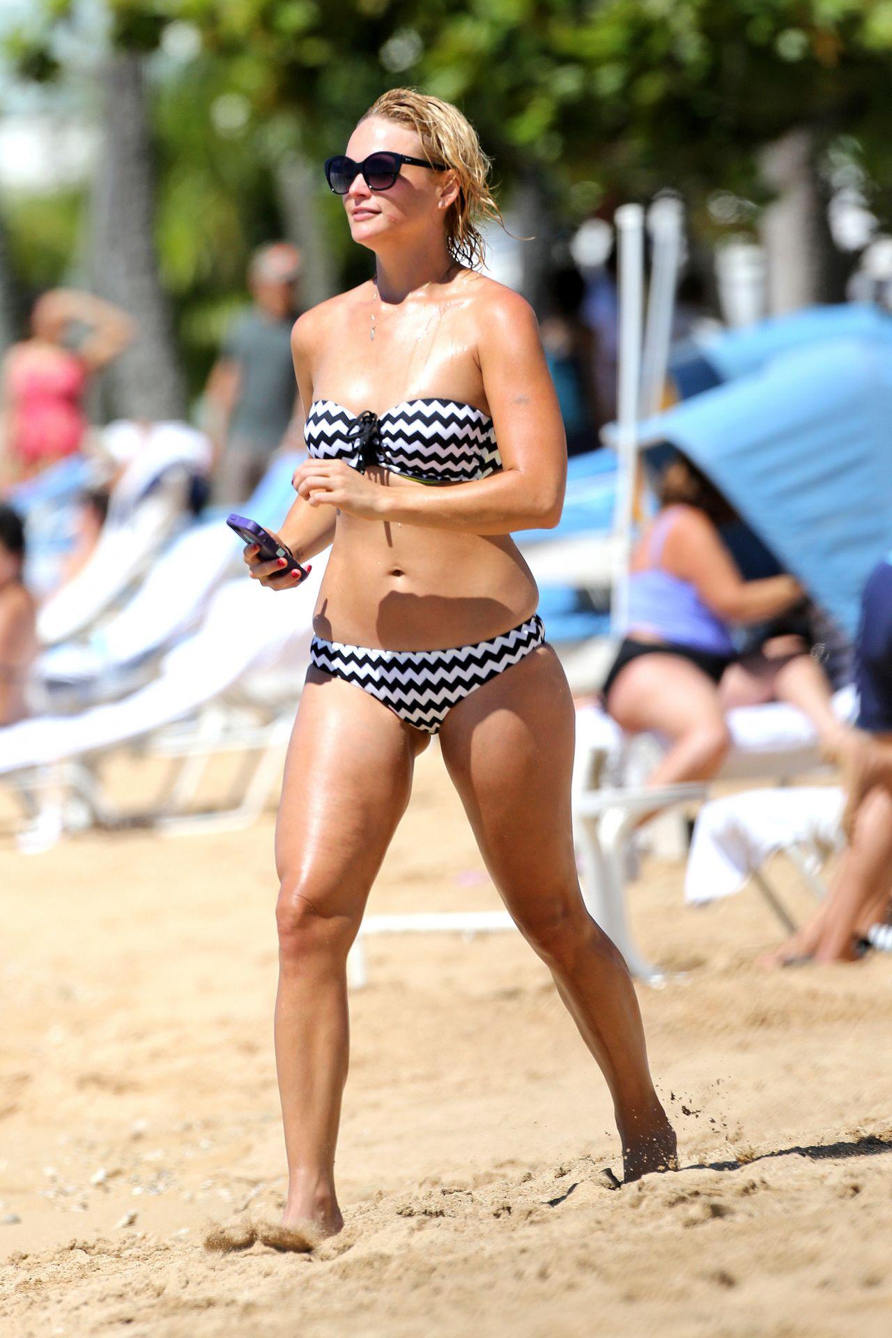 Miranda Lambert In A Bikini On A Beach In Hawaii