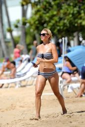 Miranda Lambert in a Bikini on a Beach in Hawaii - September 2014