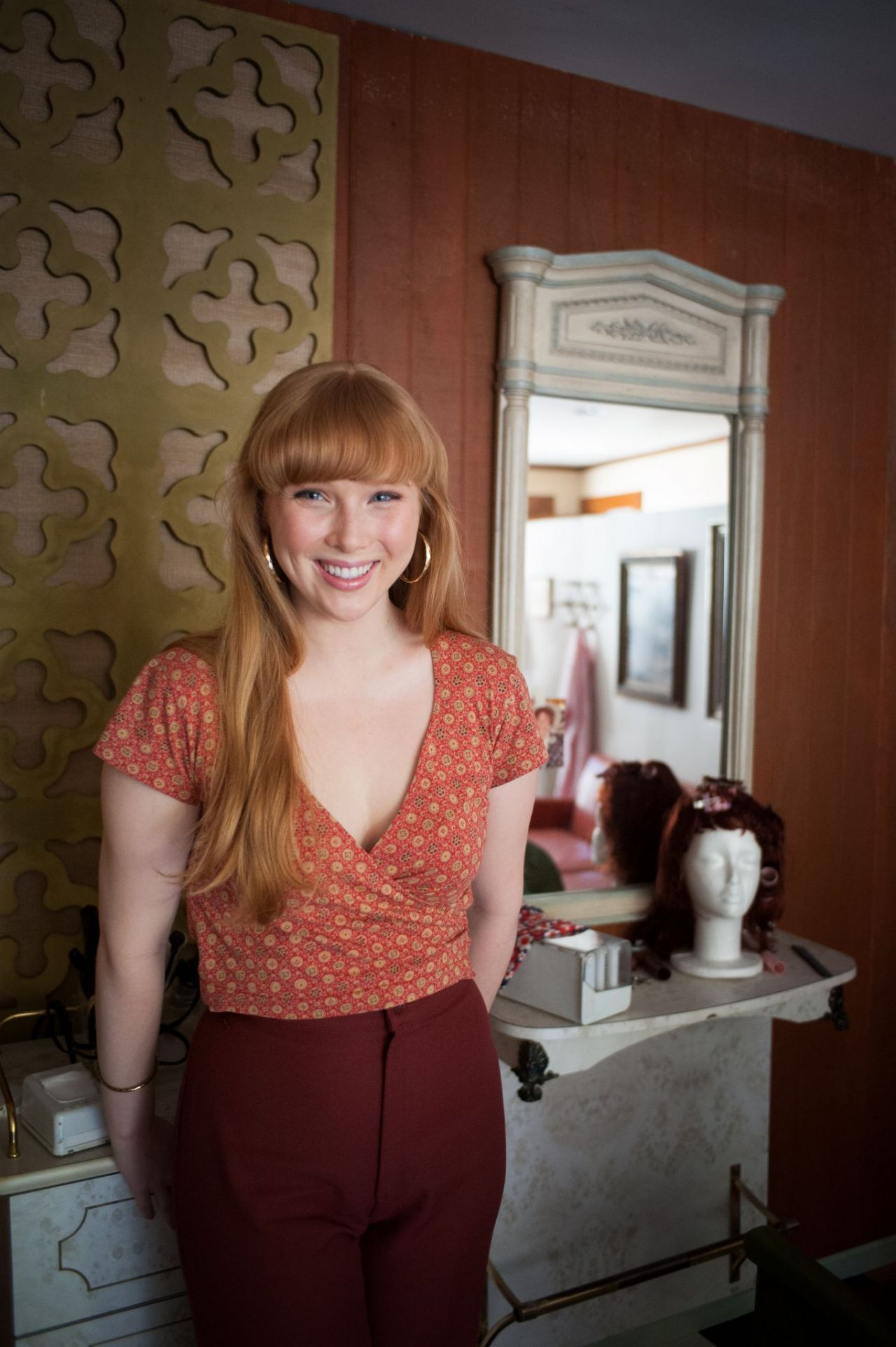 Molly Quinn The Haircut Short Film Pictures