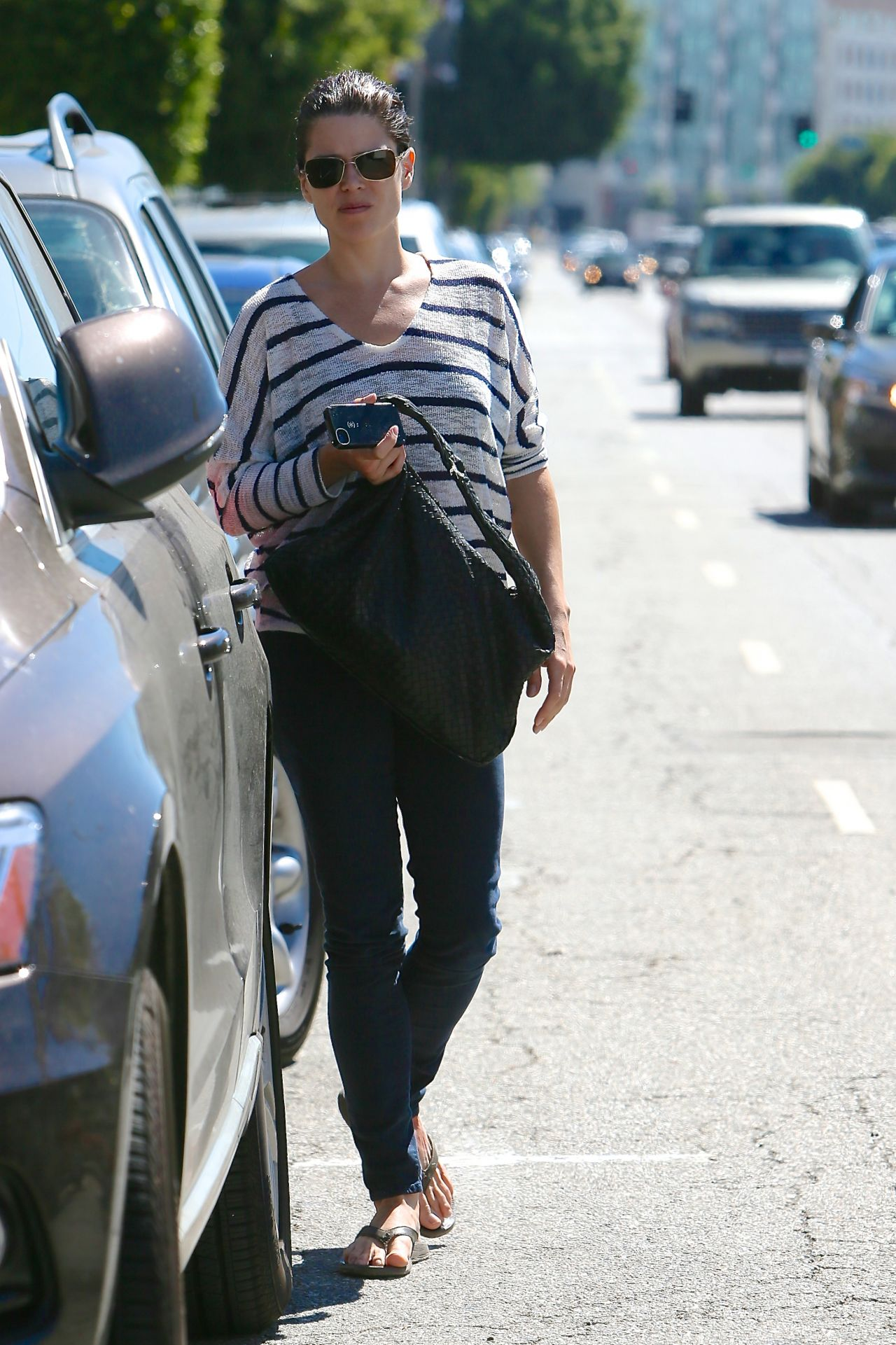 Neve Campbell Street Style - Leaving the Twist Cafe in Los Angeles - Sept. 2014