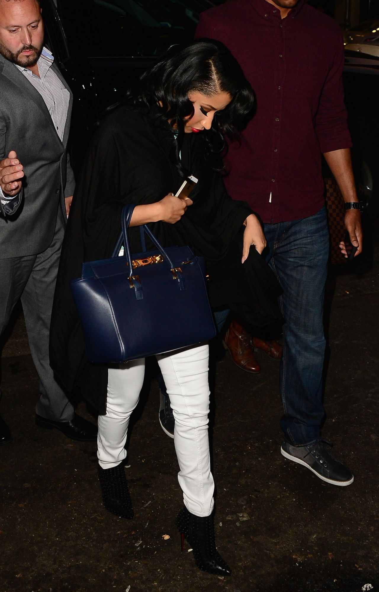 Nicki Minaj Casual Style Arriving At A Photoshoot In Nyc