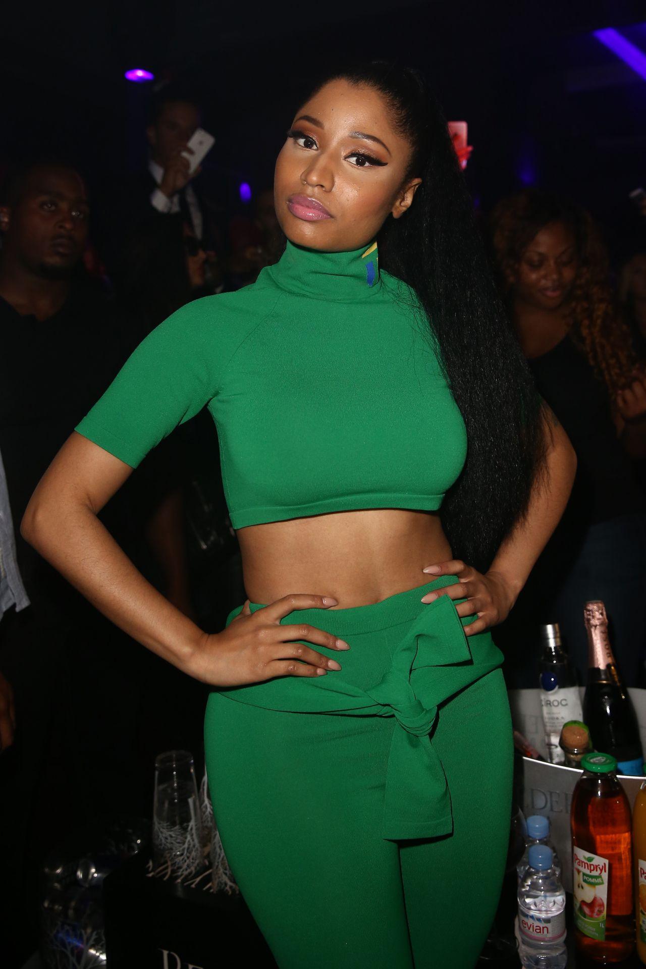 Nicki Minaj Performs During a Party at Club 79 in Paris - Sept. 2014