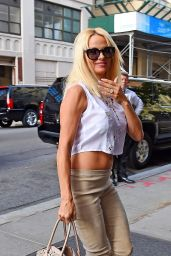 Pamela Anderson Street Style - Out at SoHo in New York City - September 2014