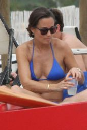 Pippa Middleton Bikini Candids - Italy, September 2014