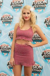 Pixie Lott Performs at Fusion Festival in Birmingham - August 2014