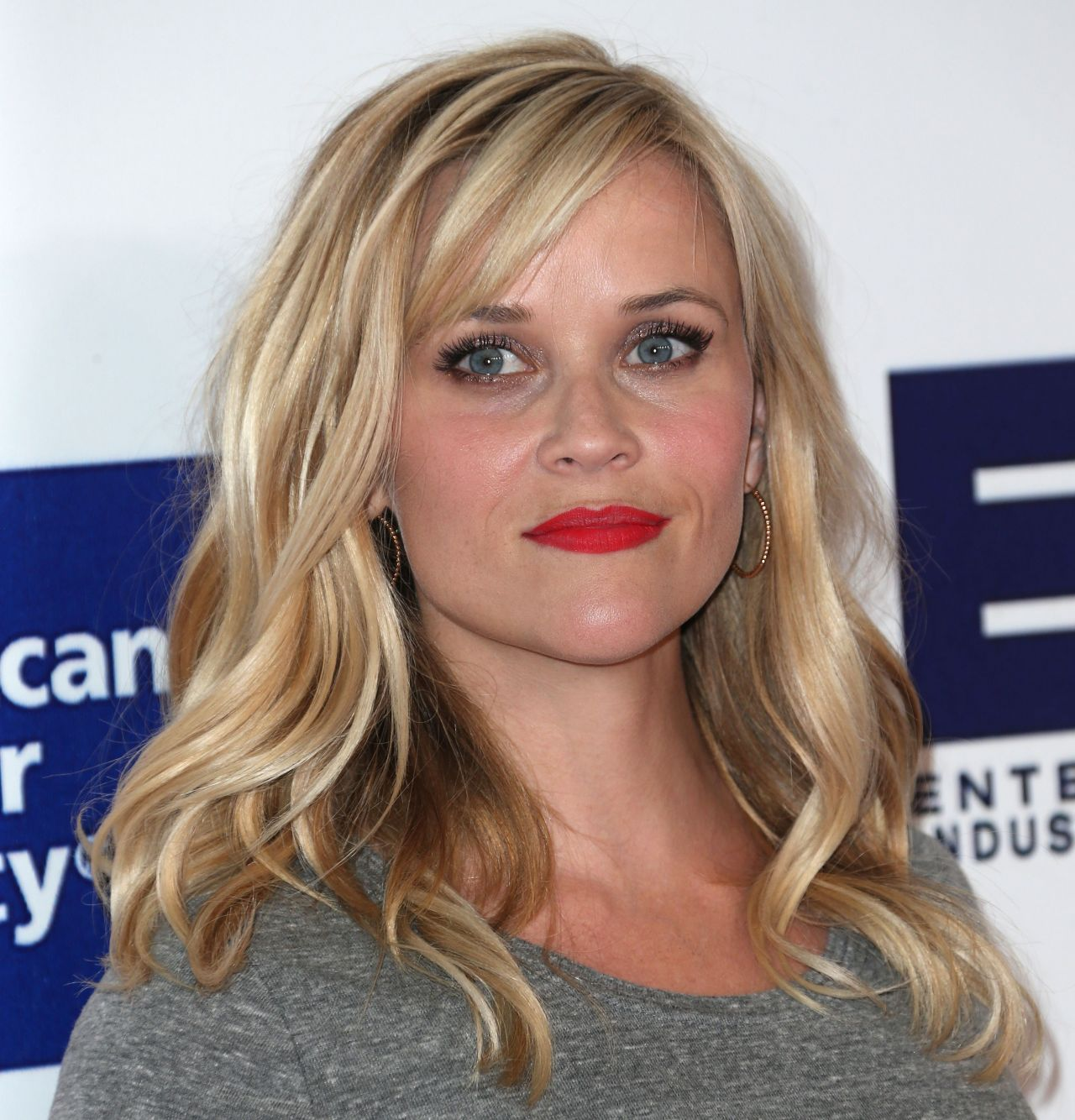 Reese Witherspoon - 2014 Stand Up 2 Cancer Live Benefit in Los Angeles
