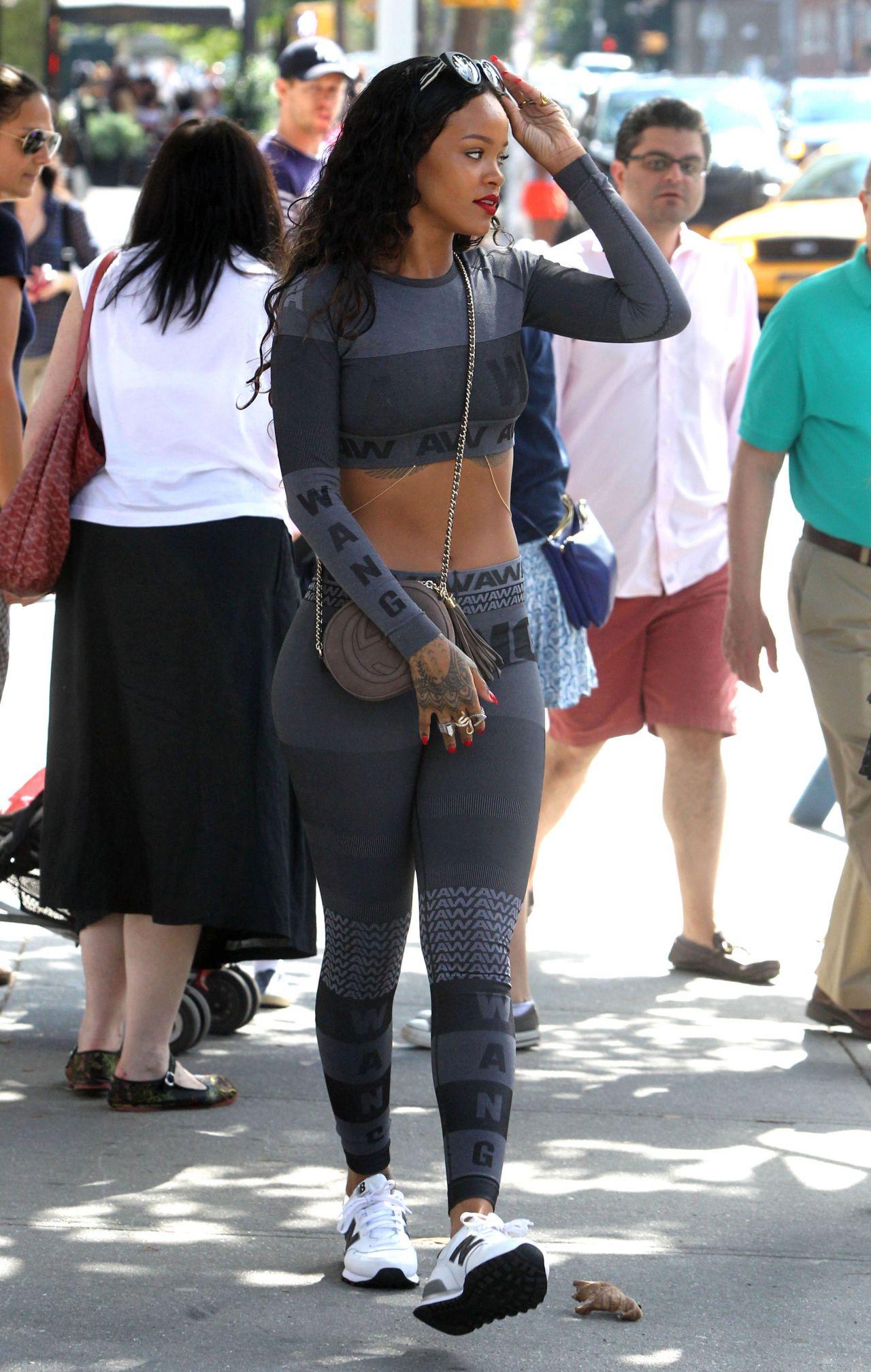 Rihanna In Leggings Out In New York City September 2014