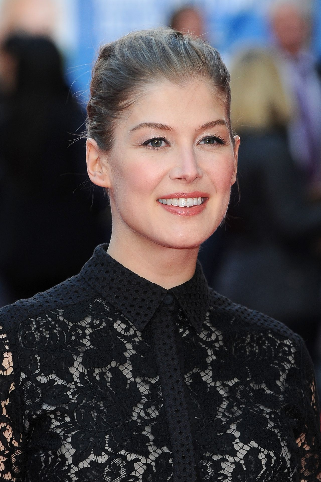 Rosamund Pike - 'What We Did On Our Holiday' UK Film ...Rosamund Pike 2014