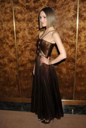 Rose Byrne -