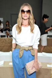 Rosie Huntington-Whiteley at Paris Fashion Week - Chloe