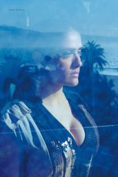 Salma Hayek - Elle Magazine (Mexico) September 2014 Issue