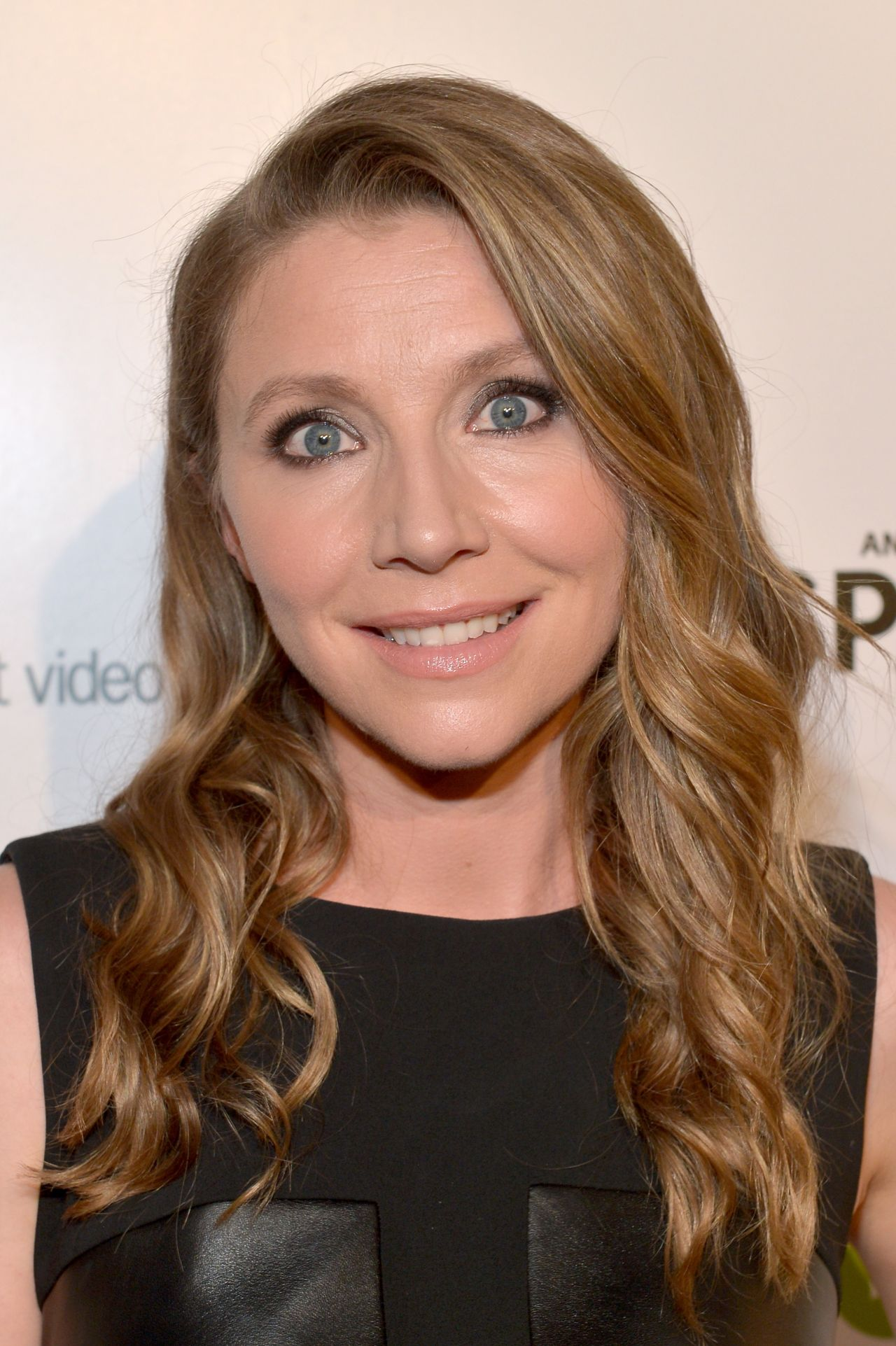 Sarah Chalke Transparent Premiere In Los Angeles