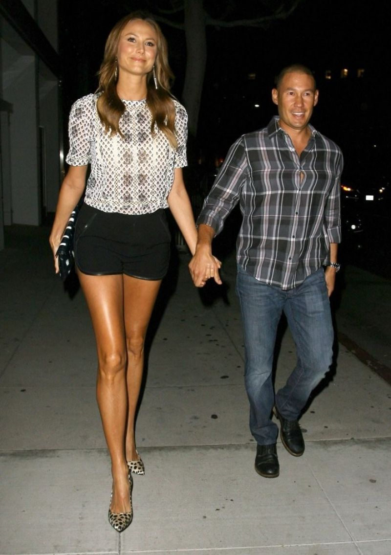 Stacy Keibler Shows Off Her Long Legs in Tiny Shorts - Out For Dinner at Mr. Chow in Beverly Hills