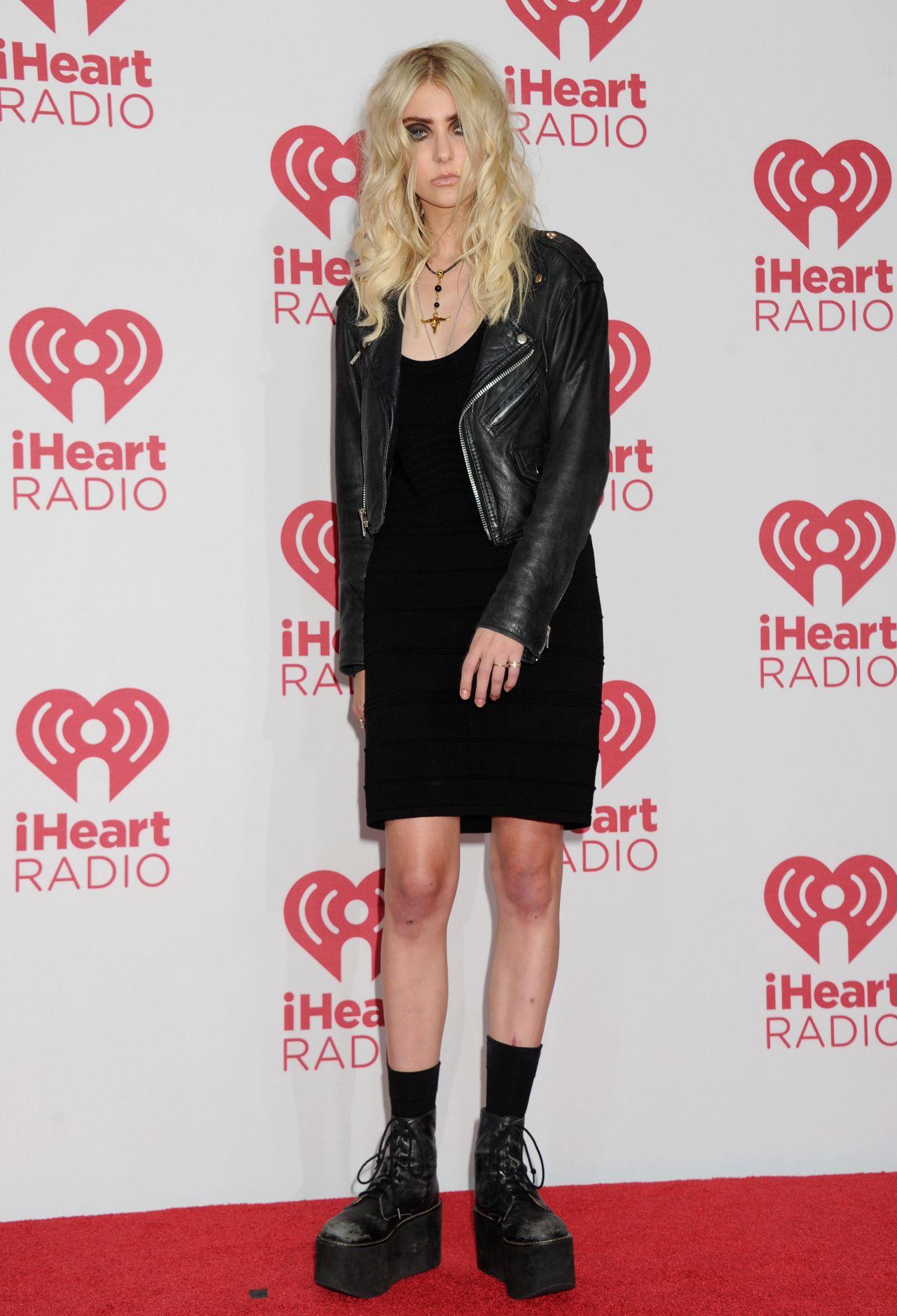 Taylor Momsen 2014