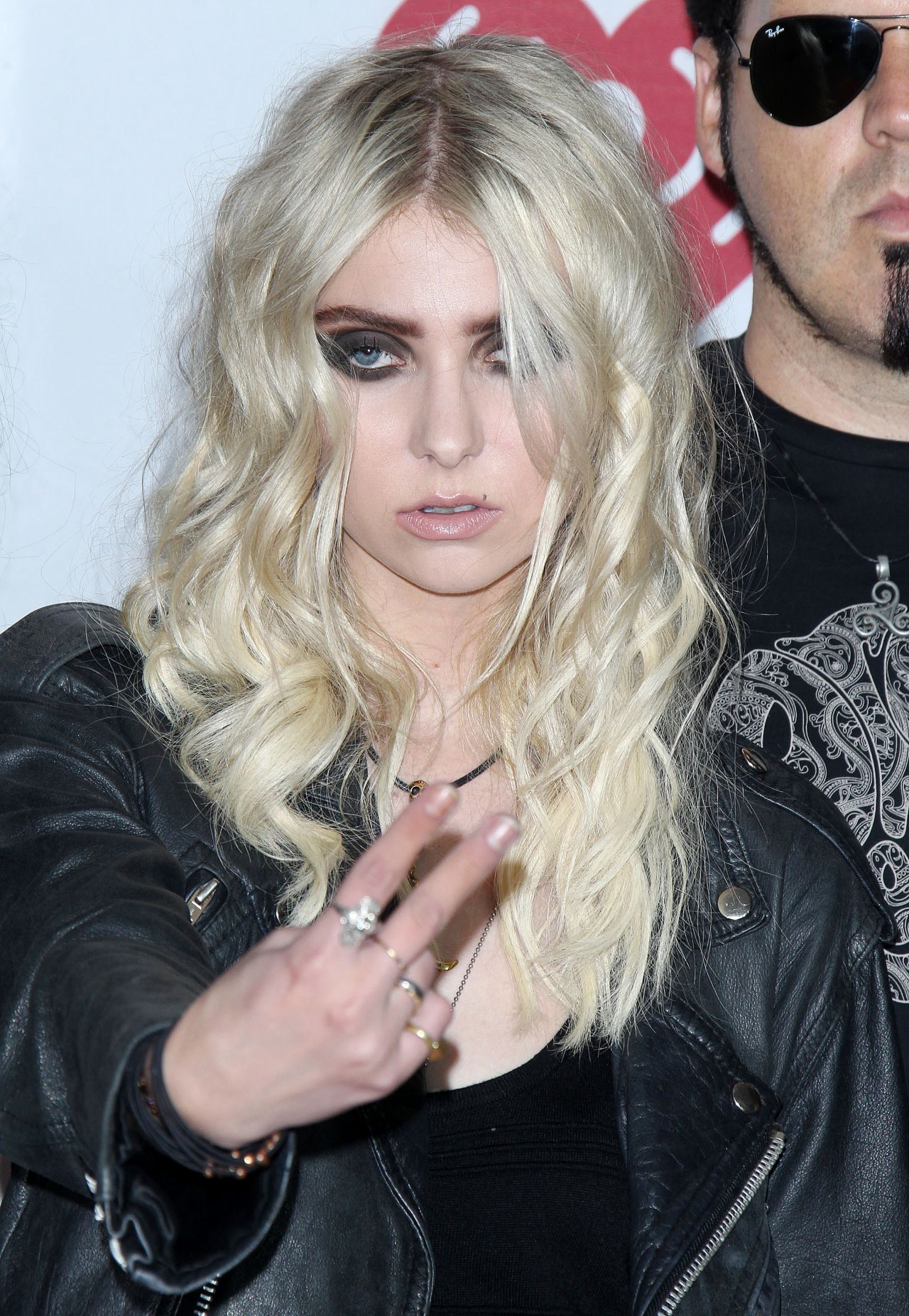 Taylor Momsen at 2014 Revolver Golden Gods Awards |Taylor Momsen 2014