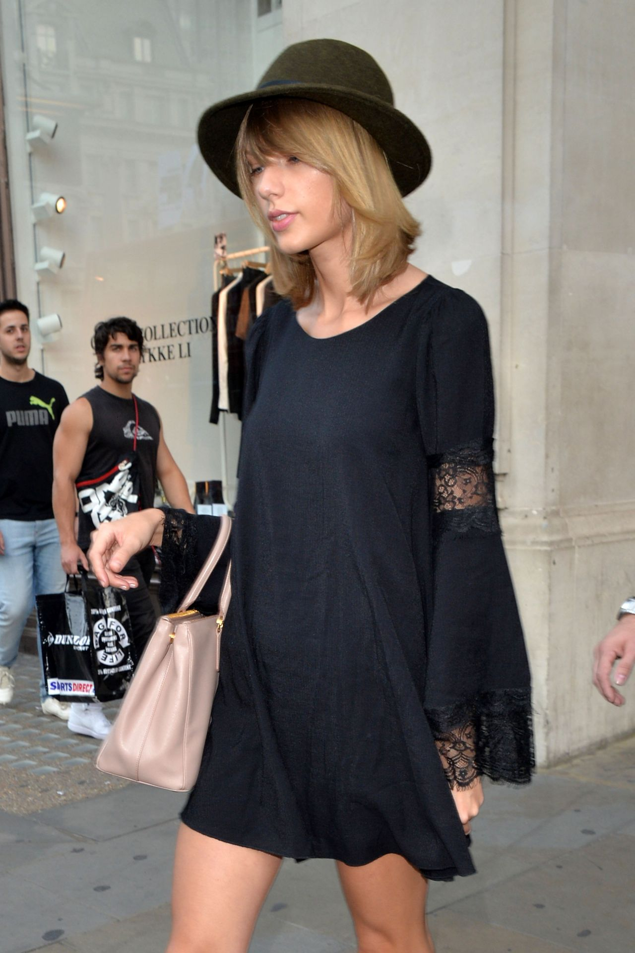 Taylor Swift Out in London - September 2014