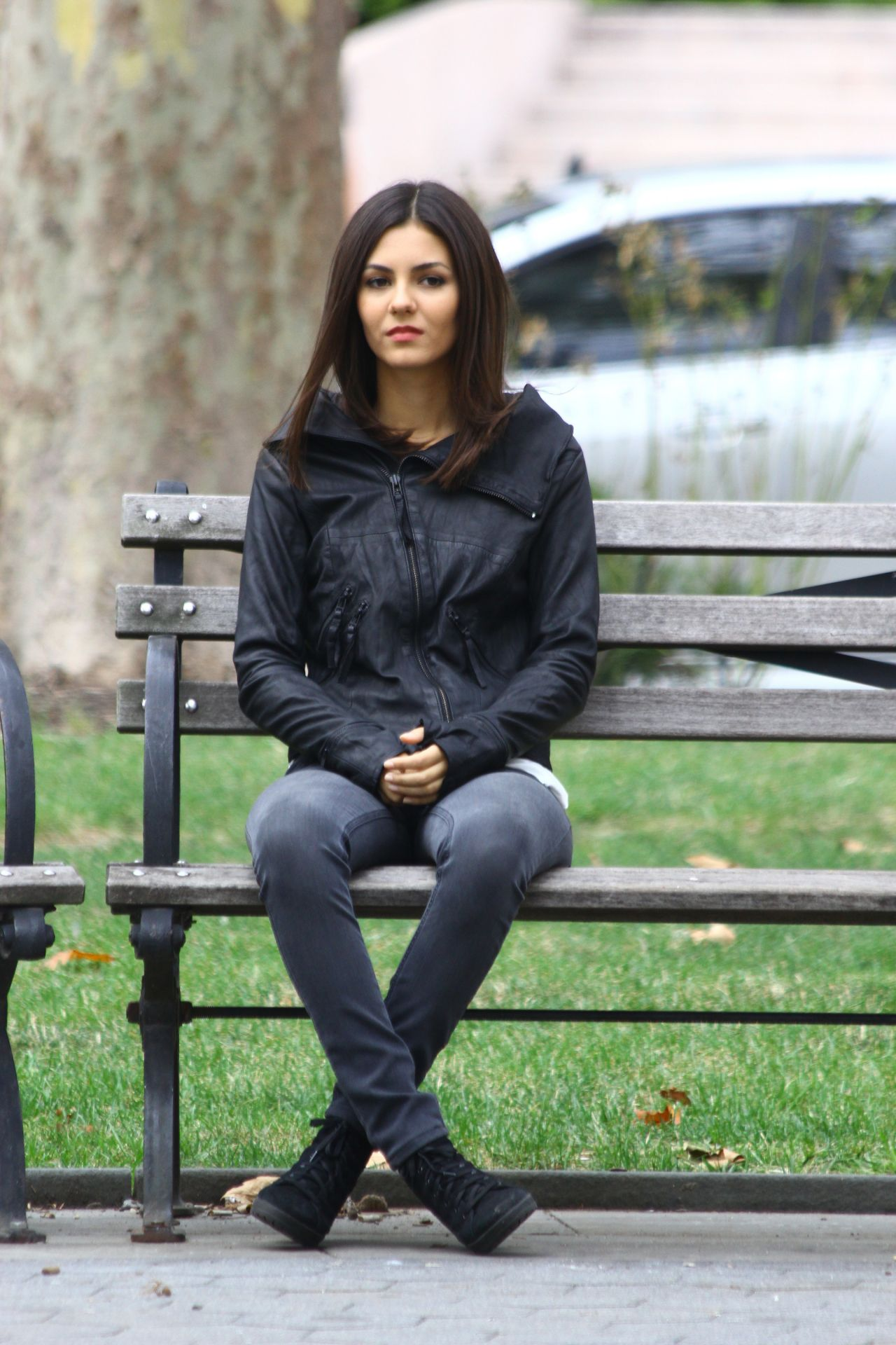 Victoria Justice On Set Of Eye Candy In New York City