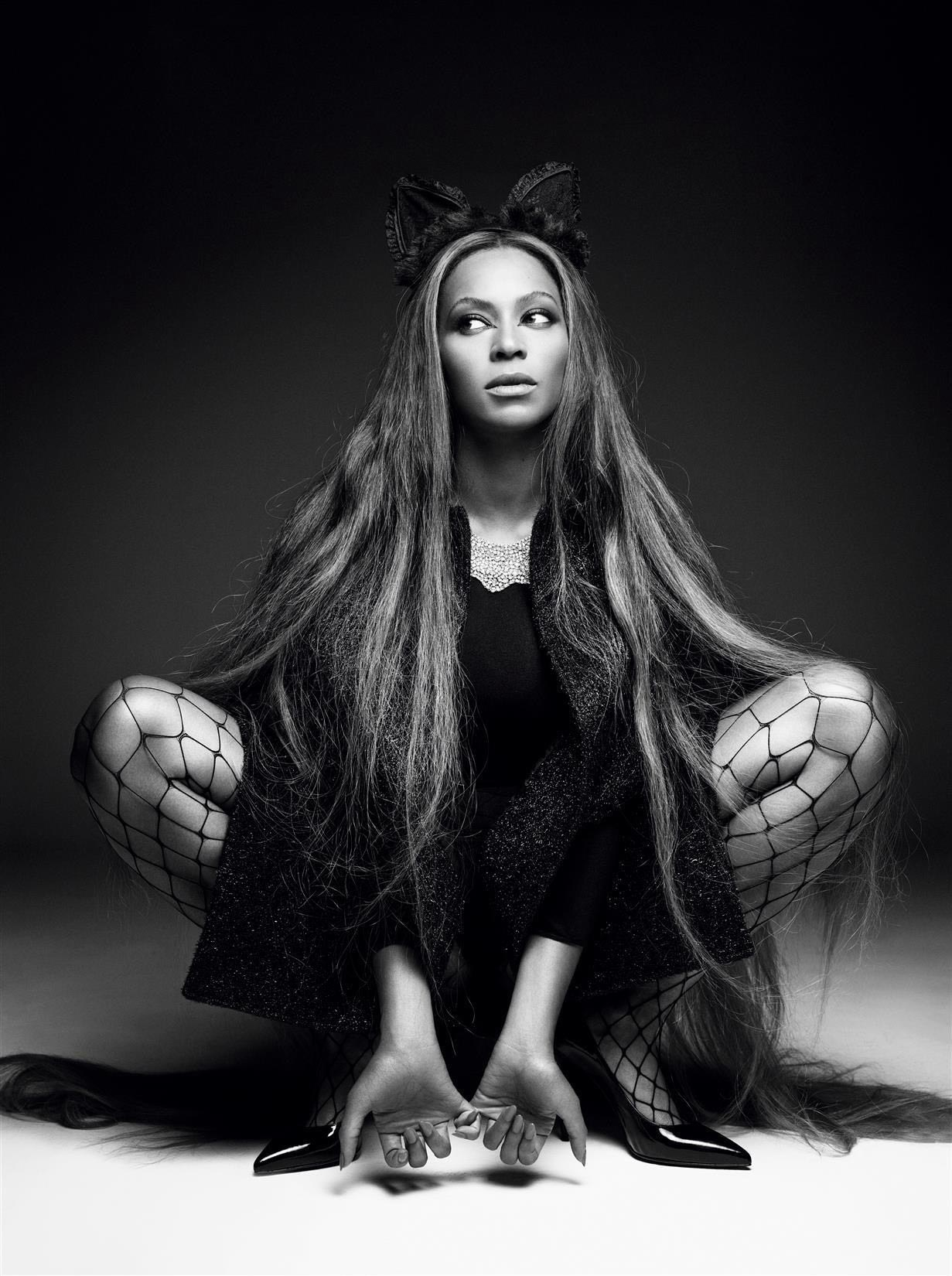Beyonce     Photoshoot for CR Fashion Book Fall Winter 2014 2015