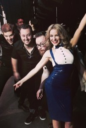 Kylie-Minogue-o2014-03